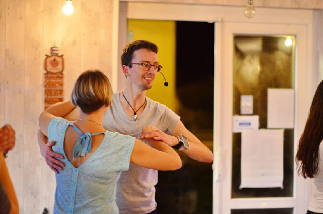 Des cours de danse à Montlouis-sur-Loire pour apprendre la Bachata 8